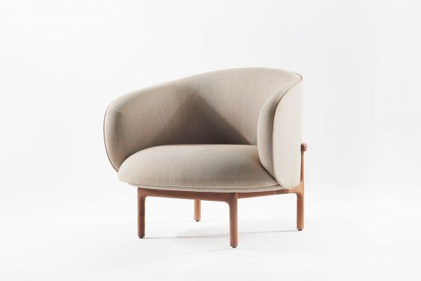 Artisan Mela Lounge Trimmed Sessel - front view1