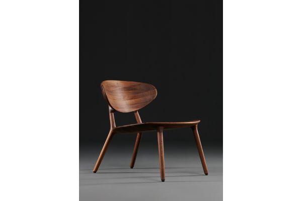 Artisan Wu Lounge Stuhl - Breite: 53 cm, Tiefe: 50 cm, Höhe: 78 cm - in verschiedenen Holzarten - profile view1