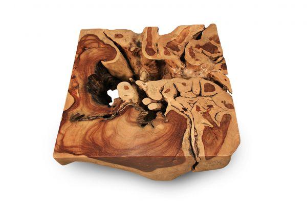 Quadratischer Wurzelcouchtisch aus einem Stück Teakholz fertig mit Öl behandelt - top view